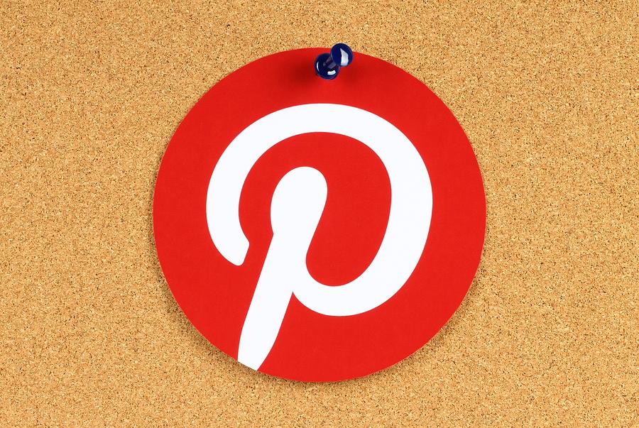 Pinterest logo on board |  rvlsoft